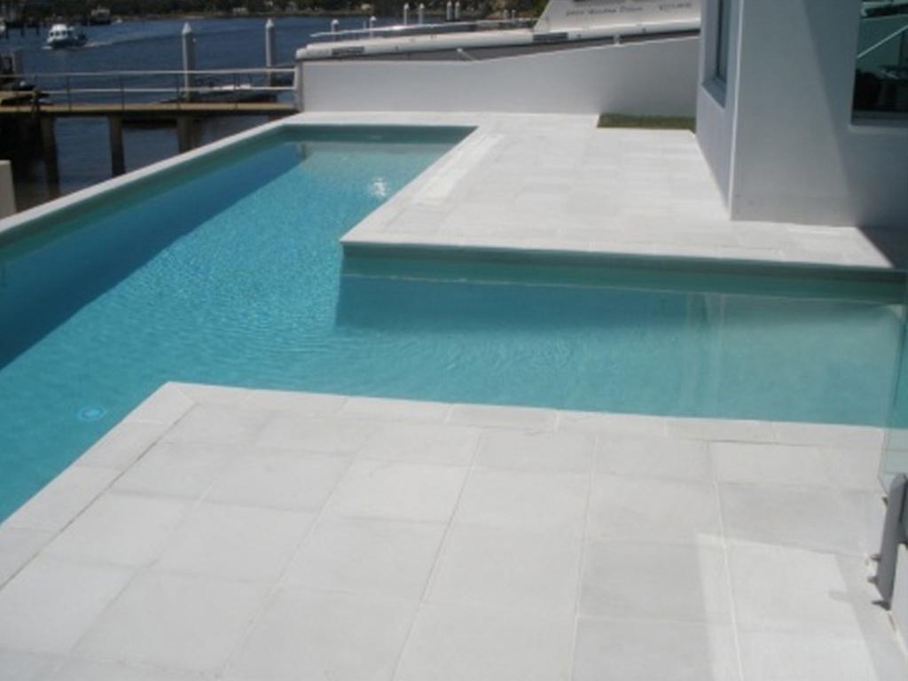 Pavescape-Landscapes Edenstone pool paving