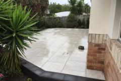 Pavescape-Landscapes- Paved courtyard