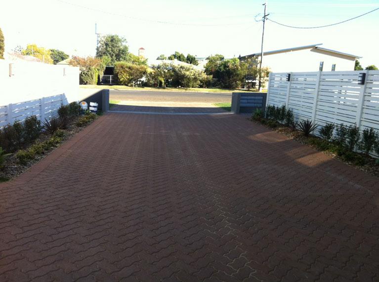 pavescape-landscapes-mini-tiles-pavement