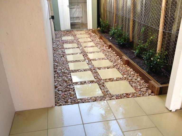 pavescape-landscapes-parallel-tiled-pavement